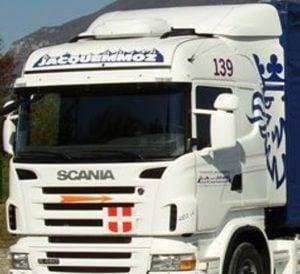 Avec la solution de géolocalisation de véhicules de Quartix, les Transports Jacquemmoz peuvent suivre l'activité de leurs camions et réaliser des camions