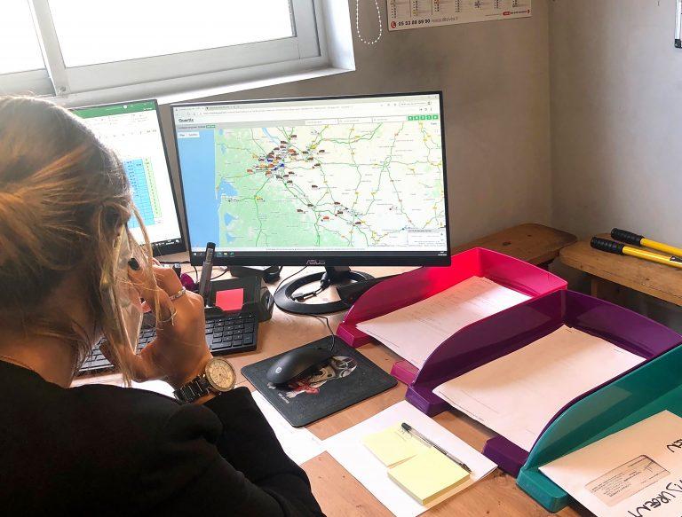 « Le suivi en temps réel est très utile pour nous permettre de voir les véhicules les plus proches d'un emplacement » explique Myriam Racois de Florian't Express
